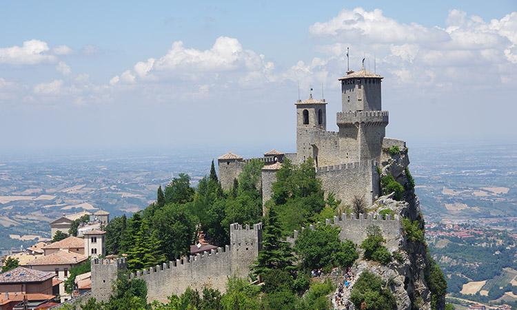 1° Corso Base Pratico Teorico Posizionamento Chirurgico San Marino 28/09/2017